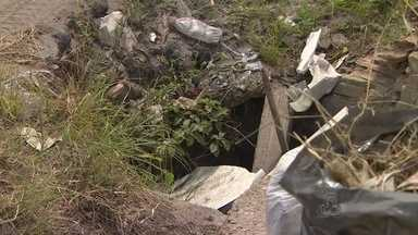 Em Manaus, moradores do Bairro Tancredo Neves pedem serviços em bueiro sem tampa - Eles dizem que situação está causando acidentes na comunidade da Zona Leste.