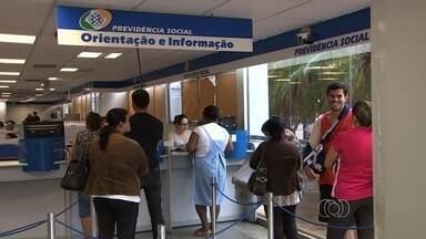 Médicos peritos voltam ao trabalho de maneira parcial, em Goiás - Sindicato diz que greve continua e que apenas novas perícias serão feitas. Categoria reivindica melhorias salariais e redução na carga horária semanal.