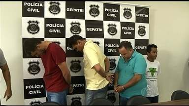Polícia prende suspeitos de adulterar e desviar óleo de soja, em Rio Verde - Eles usavam tanques ocultos em caminhões e misturavam água ou glicerina. Suspeita é de que carga era revendida; prejuízos chegam a R$ 1,5 milhão.