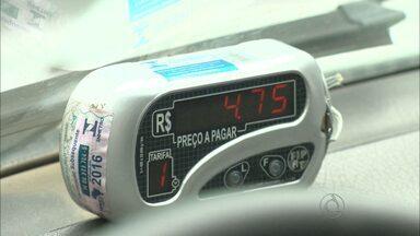 Campina Grande terá pedido de aumento nos táxis e ônibus - Pedido de aumento foi realizado pelas associações.