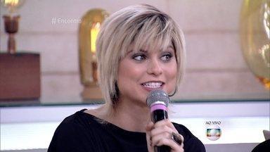 Julianne Trevisol fala da boa relação com a irmã mais velha - Atriz revela que tem sete irmãos