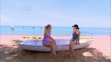 Angélica conversa com Bianca Bin em praia paradisíaca - Atriz revela que o maior desafio de 'Êta Mundo Bom' foi contracenar com o marido