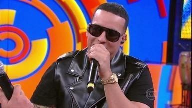 Daddy Yankee arrisca palavras em português no 'Caldeirão' - Luciano Huck conversa sobre o Brasil com o cantor porto-riquenho