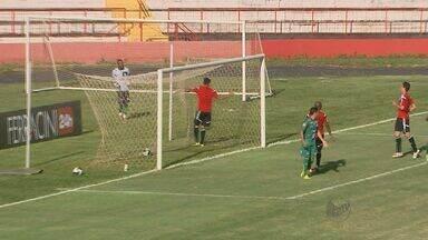 Botafogo-SP vacila no fim e empata com o Uberlândia no último jogo-treino - Pantera abriu 2 a 0, mas viu o timê mineiro reagir no Estádio Santa Cruz e fechar o placar com empate no fim da partida.