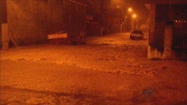 Chuva causa enchentes e estragos em diversos pontos de Itajubá, MG - Chuva causa enchentes e estragos em diversos pontos de Itajubá, MG