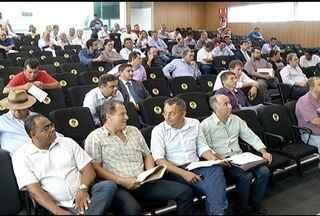 Implantação de política hospitalar na região é discutida em encontro em Montes Claros - Objetivo é descentralizar o atendimento à saúde no Norte de Minas.