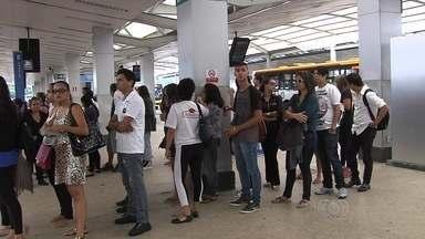 Passageiros começam o sábado (6) pagando mais caro pela passagem de ônibus em Goiânia - O novo valor de R$ 3,70 começa a valer.