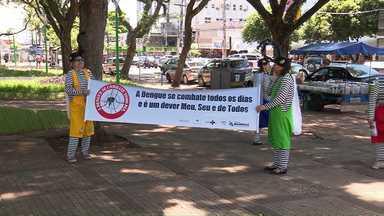 """Município promove campanha """"Carnaval sem aids e sem dengue"""" - Ação distribui panfletos educativos e orienta interessados em testes de DSTs"""