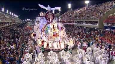 Salgueiro - Compacto do desfile de 08/02/2016 - Salgueiro - Compacto do desfile de 08/02/2016