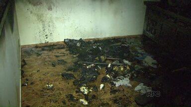 Casa é incendiada no Conjunto Libra em Foz - O homem foi preso após atear fogo em um dos cômodos