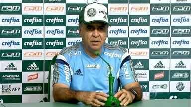 Palmeiras faz treino secreto e Marcelo Oliveira conta que testou time alternativo - Palmeiras faz treino secreto e Marcelo Oliveira conta que testou time alternativo