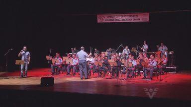 Banda Regimental de Música da Polícia Militar faz apresentação em Santos - A apresentação foi na última quinta-feira (11). O concerto marcou o encerramento da Operação Verão.