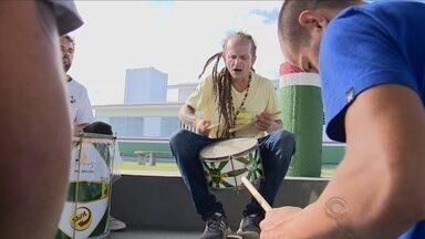 Através da música, projeto proporciona novas oportunidades para jovens infratores - Através da música, projeto proporciona novas oportunidades para jovens infratores
