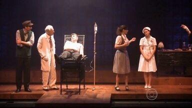 Espetáculo inspirado na obra de Nelson Rodrigues é encenado no Recife - Músicas de Zeca Baleiro permeiam a ahistória