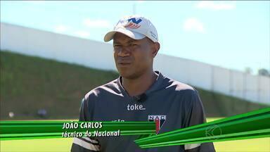 Técnico João Carlos fala da expectativa para o Módulo II - Treinador do Nacional de Muriaé analisa pré-temporada e destaca dificuldade de disputar o Campeonato Mineiro
