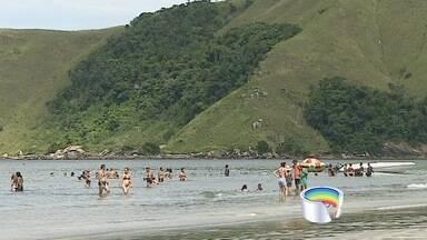 Turistas esticam folga e aproveitam o litoral norte de São Paulo - Em São Sebastião, muita gente esticou a folga de Carnaval.