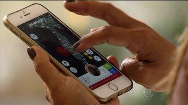 Aplicativo para rastrear os filhos gera polêmica em família - Dispositivo para celular está rendendo a maior discussão. Até onde vai o cuidado com os filhos? E onde começa excesso de vigilância?