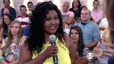 Carioca Dilma cometeu 'sincericídio profissional' - Ela decidiu falar a verdade para a ex-chefe e acabou sendo demitida. Dilma conta que também é sincera demais com sua família e seus amigos