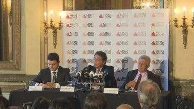 Governo de Minas Gerais anuncia corte de R$ 2 bilhões no orçamento do Estado - Governo de Minas Gerais anuncia corte de R$ 2 bilhões no orçamento do Estado