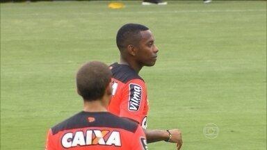 Robinho se prepara para estrear pelo Atlético-MG - Ingressos para o jogo contra o Independiente del Valle esgotaram em um dia.