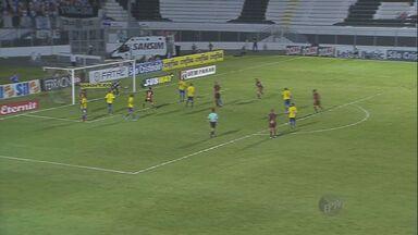 Ponte Preta vence o São Paulo por 1 a 0 - Os times se enfrentaram neste sábado, em Campinas.