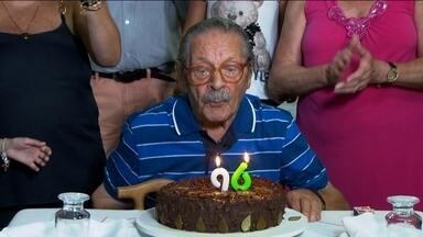 Idoso nascido em ano bissexto aproveita a data para comemorar 96 anos - A família do seu Angelo Mariano Luis, um imigrante italiano que lutou na Segunda Guerra Mundial e chegou ao Brasil com 29 anos, se reúne no dia 29 de fevereiro para celebrar a chegada de mais um ano bissexto e comemorar o aniversário.