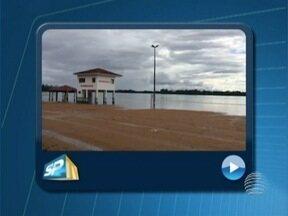 Balneário de Rosana é interditado sem data para liberação - Local foi fechado por causa do aumento do nível da água.