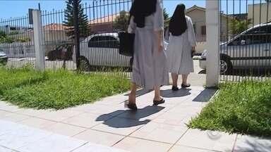 Freira suspeita de agressão a idosas em asilo nega acusações - Freira suspeita de agressão a idosas em asilo nega acusações