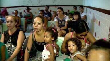 Mães criticam condições da Unidade de Pronto Atendimento da Serra, ES - Elas reclamam da demora para seus filhos serem atendidos. De acordo com elas, a unidade também não tem uma estrutura adequada.