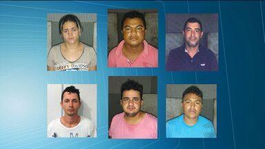 Polícia prende quadrilha acusada de usar carros de luxo em assaltos - Seis pessoas foram presas.