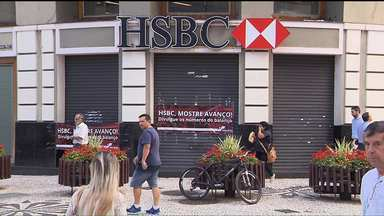 Funcionários do HSBC fazem paralisação - Dezoito agências ficaram fechadas o dia inteiro