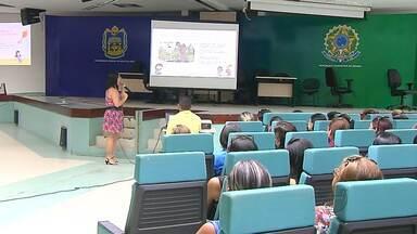 Profissionais da educação infantil participam de capacitação para o ano letivo 2016 - No encontro foram abordadas várias temáticas para melhorar a qualidade do ensino de crianças de 0 a 5 anos.