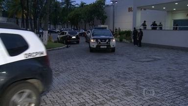 Operação da polícia prende quadrilha que fraudava sistema do Detran - Mais de 120 mil carteiras falsas foram expedidas pelo grupo