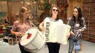 As Severeinas se apresentam em shopping de Teresina em homenagem ao Dia da Mulher - As Severeinas se apresentam em shopping de Teresina em homenagem ao Dia da Mulher