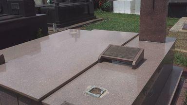 Túmulos do Cemitério de Três Pontas (MG) são alvos de criminosos - Túmulos do Cemitério de Três Pontas (MG) são alvos de criminosos