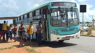 Empresa de ônibus no DF começa a rodar com preço promocional - A passagem de Luziânia para Brasília cai de R$ 5,85 para R% 5, por exemplo.
