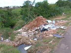 Multa para donos de terrenos baldios sujos pode ficar mais cara - Locais se espalham por Presidente Prudente e preocupam as autoridades.