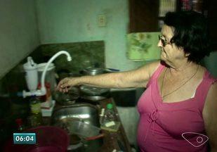 Moradores de Rio Novo do Sul, ES, sofrem com a seca - Ainda não há previsão de quando os moradores terão o abastecimento de água normalizado.