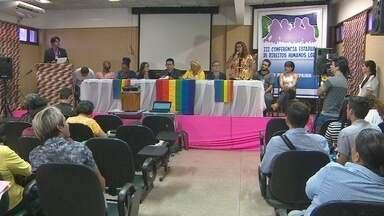 Macapá sedia a 3ª Conferência Estadual dos Direitos Humanos LGBT - Macapá sedia a 3ª Conferência Estadual dos Direitos Humanos LGBT. O evento começou ontem e encerra hoje.