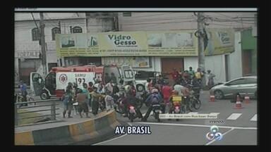 Idosa é atropelada em avenida na Zona Centro-Sul de Manaus - Segundo Manaustrans, vítima foi atendida pelo Samu.