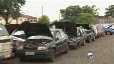 Transerp realiza leilão online de 400 veículos em Ribeirão Preto - Carros, motos e caminhões podem ser conhecidos no pátio da empresa, localizado na Rua General Câmara, n.º 2.910, no bairro Ipiranga.