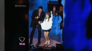 Rafa Gomes conta como subiu no palco de Lionel Richie - O cantor convidou a menina para subir no palco e dançar ao lado dele durante show em Curitiba. Rafa diz que não pediu para cantar com Lionel porque não sabe falar inglês