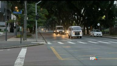 Uber começa a funcionar em Curitiba nesta sexta-feira - Taxistas são contra a liberação do aplicativo