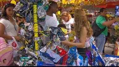 """Produtos da Páscoa sofreram reajuste em Pernambuco - """"Cesta básica"""" do período so teve na queda no preço das passagens aéreas"""