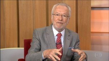 Alexandre Garcia comenta possível saída do PMDB do governo - Segundo Alexandre Garcia, o PMDB ameaça sair do governo há muito tempo. A principal queixa é a falta de atenção da presidente em relação ao partido. Mas essa também é a queixa do próprio PT.