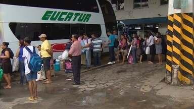 Véspera de feriado movimenta rodoviárias de Manaus - Saída é maior para os municípios do interior.