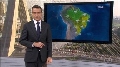 Chuva dá trégua no Sul do Brasil - Segunda-feira (28) vai ser de calorão em várias partes do país. Calor também pode causar chuva no fim da tarde. Confira a previsão do tempo para todo o Brasil.