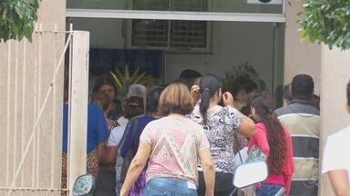 Velório de gêmea atropelada por trator reúne amigos e parentes, em Ariquemes - Menina de dois anos morreu na tarde de segunda-feira (28), em Porto Velho.