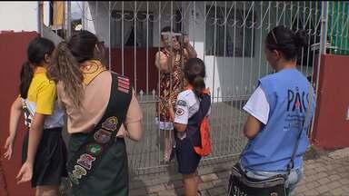 Sábado de mobilização contra o mosquito Aedes Aegypti - Mil e quinhentas pessoas participaram da ação na Cidade Industrial de Curitiba