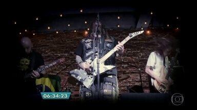 Ex-vocalista do Sepultura faz show em São Paulo - Max Cavaleira se apresenta com sua atual banda Soulfly no Áudio Club. No show será feita uma homenagem ao Lemmy, ex- Motörhead que faleceu recentemente.